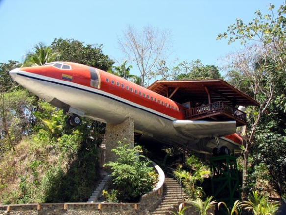 Decommissioned-Boeing-727